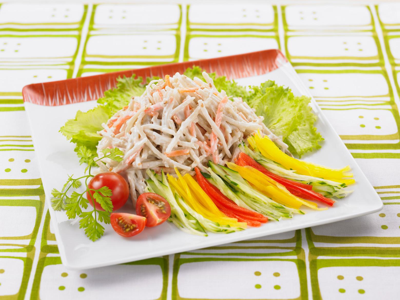 ごぼうサラダの彩りサラダ