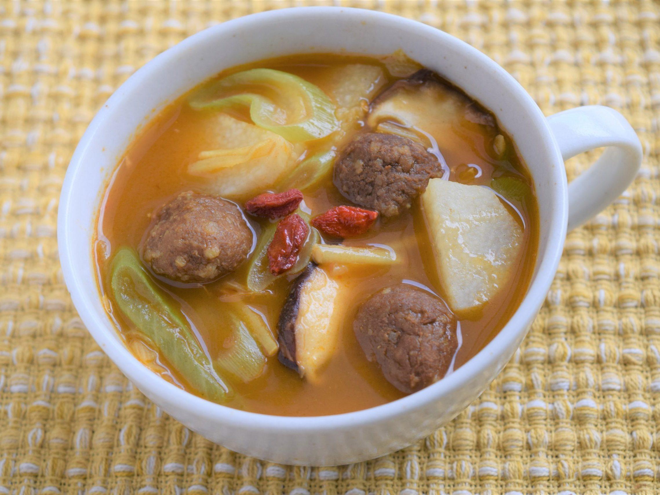 カレーミートボールの養生スープ