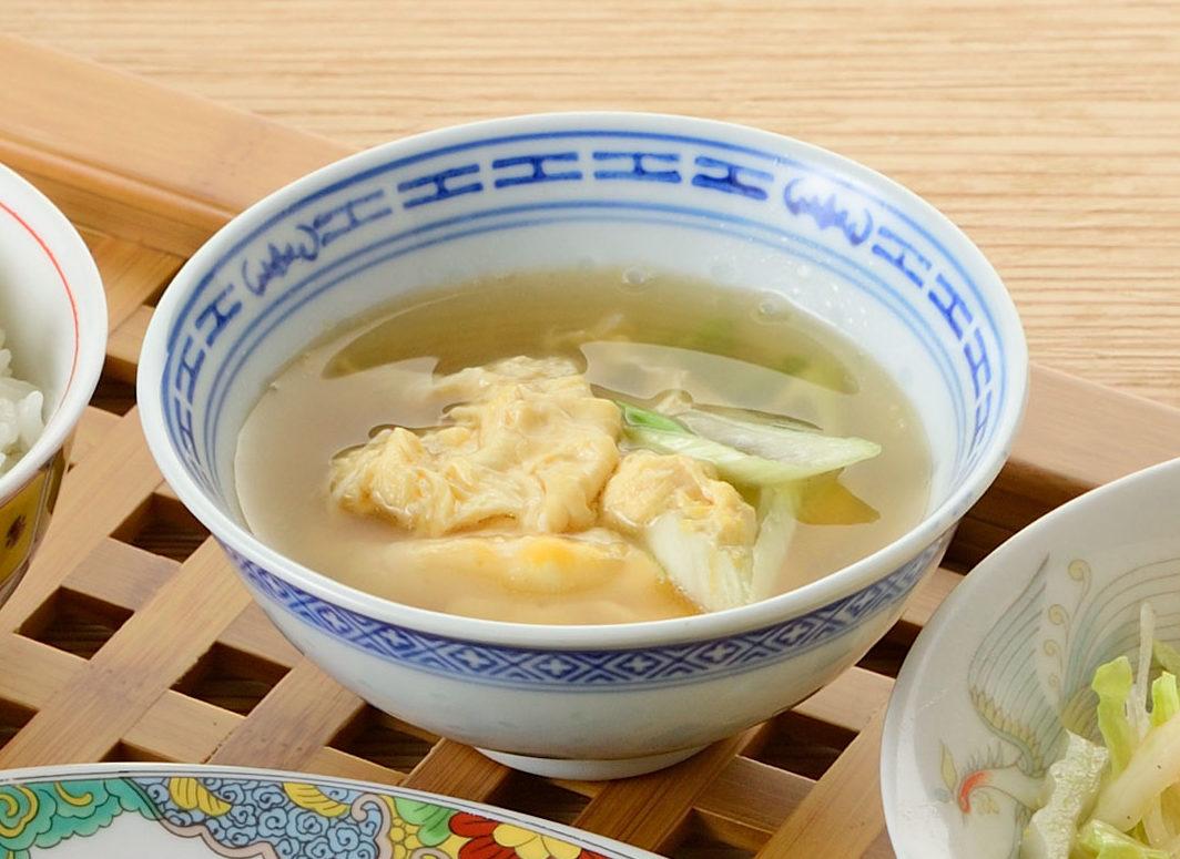 ふわふわ卵の中華風スープ