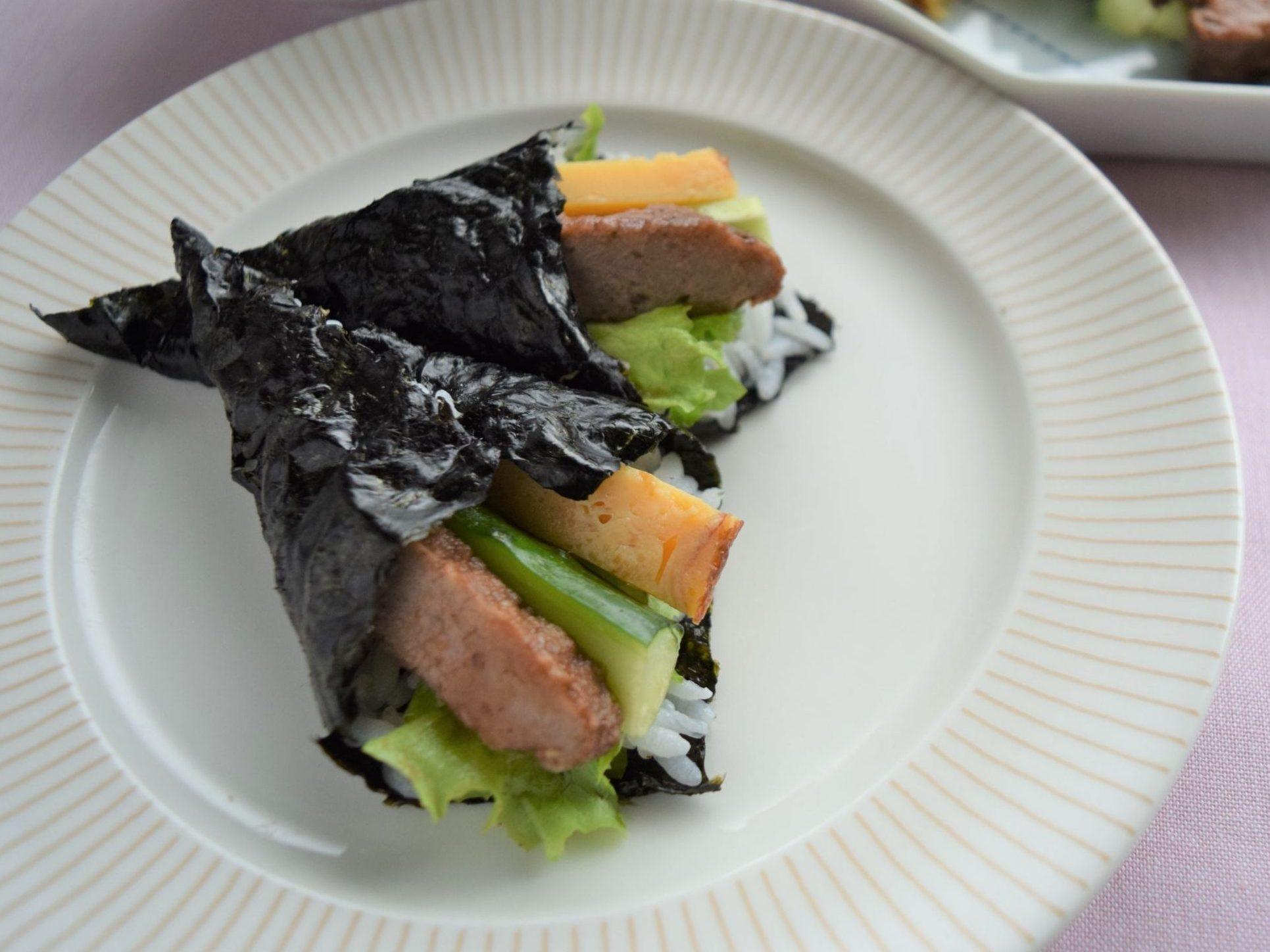 チキンハンバーグの手巻き寿司