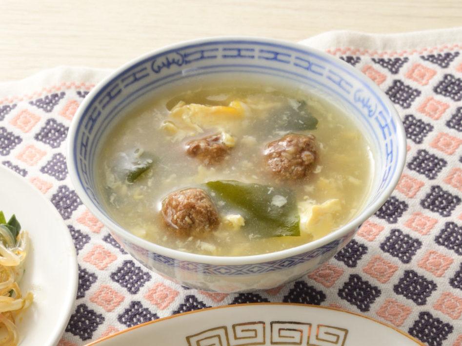 朝ミートボールとわかめの中華風スープ