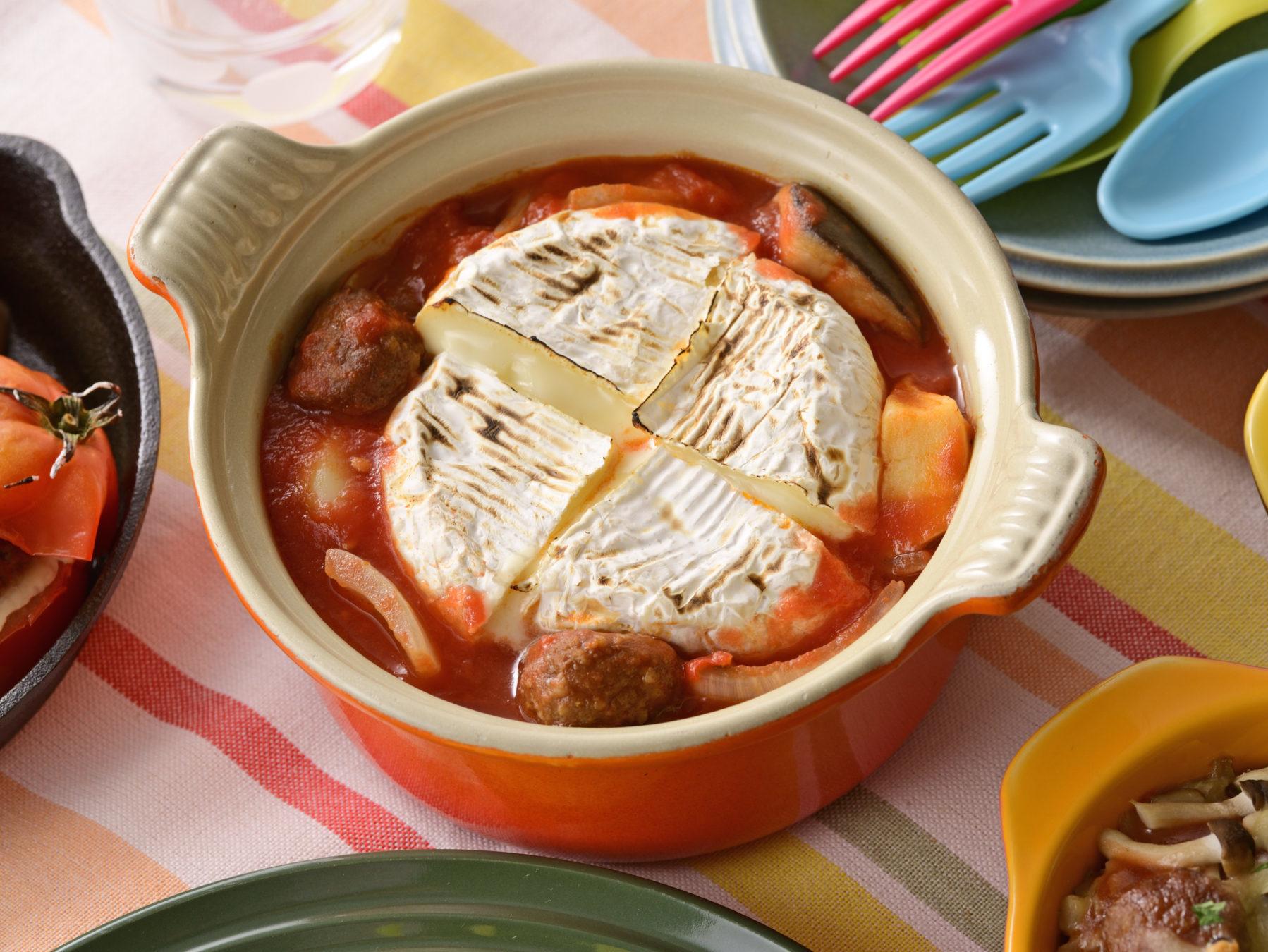 ミートボールとカマンベールチーズのトマトフォンデュ風鍋