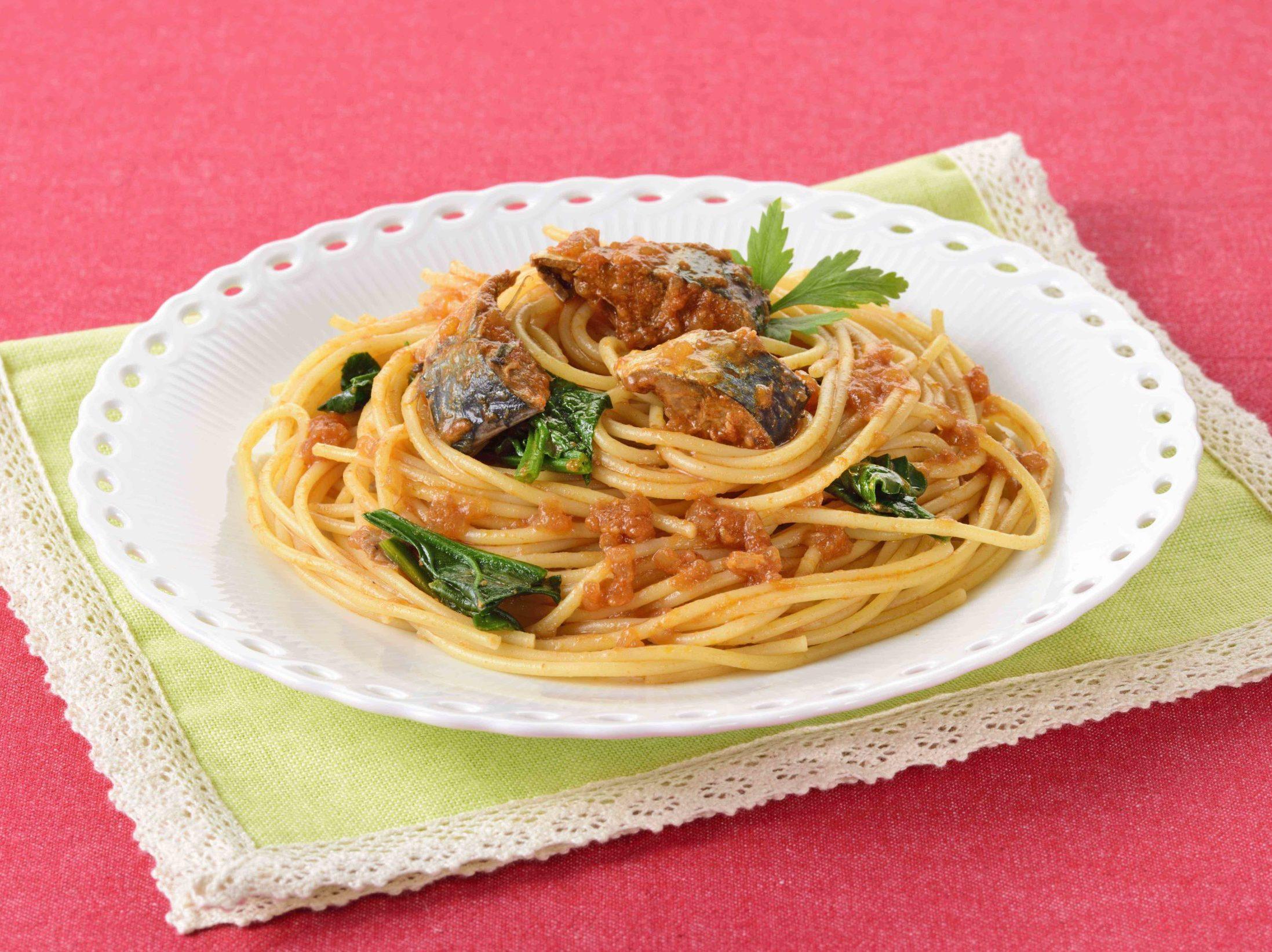 お嬢サバのトマトスパゲティ