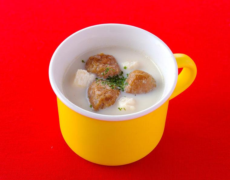 朝ミートボールのミルクスープ